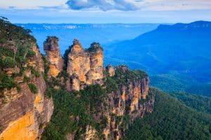Visiter The Three Sisters est une expérience incontournable à faire en Australie.